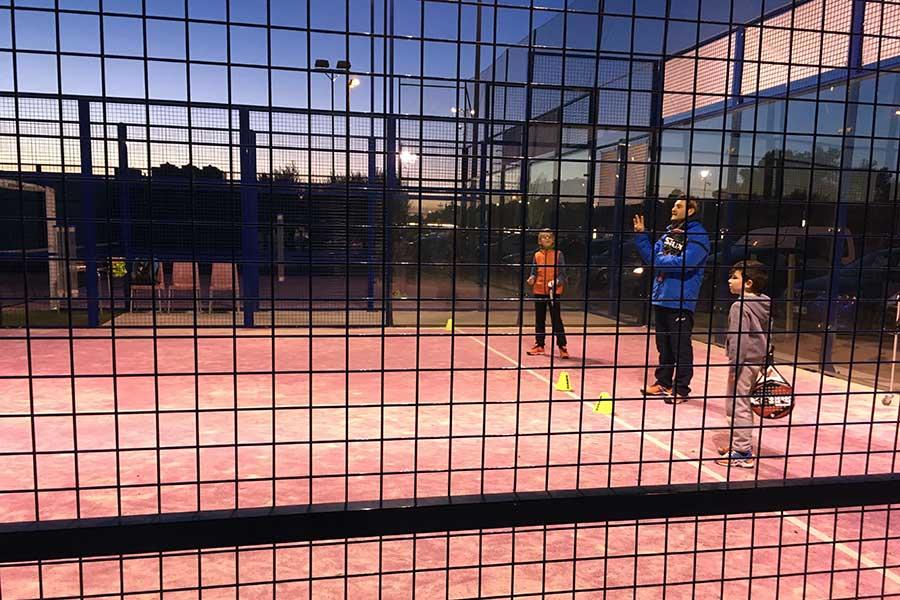 Возраст для детей, чтобы начать играть в падел-теннис