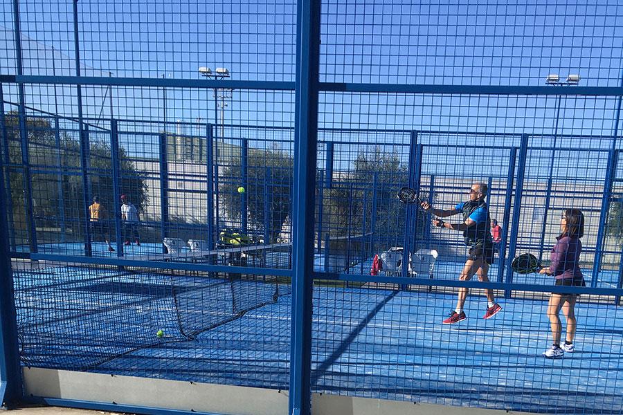 Игра в падел-теннис предотвращает депрессию.