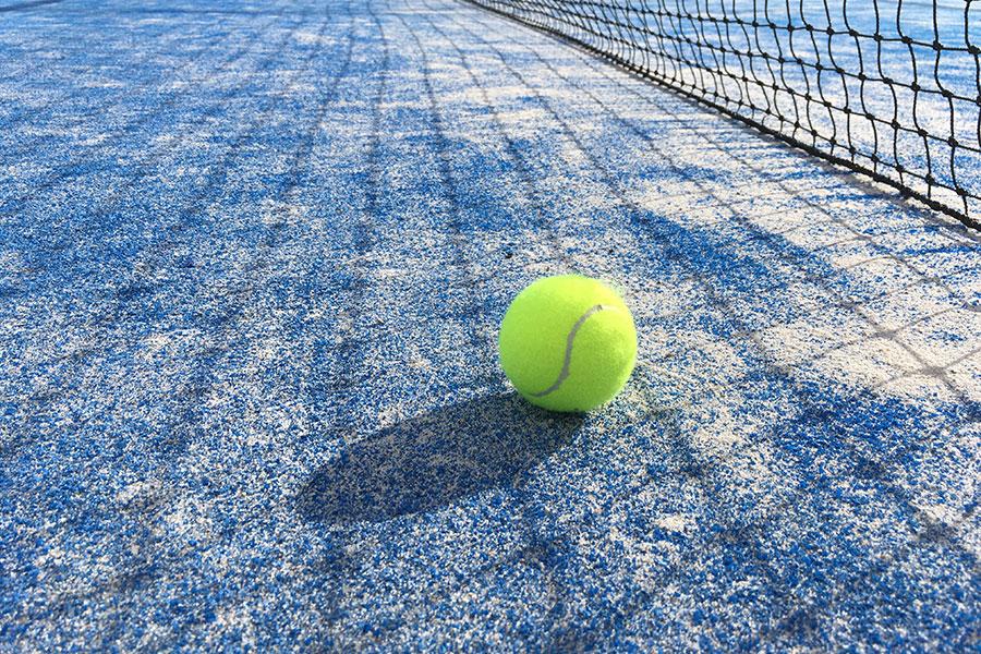 В Майями новое спортивное увлечение — падел-теннис-теннис!