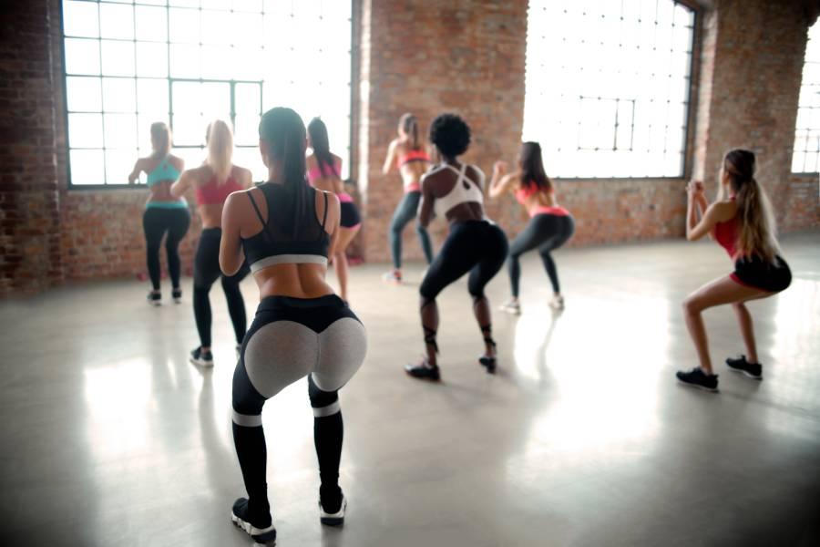Сквот-сумо: как сделать это упражнение правильно и его преимущества.
